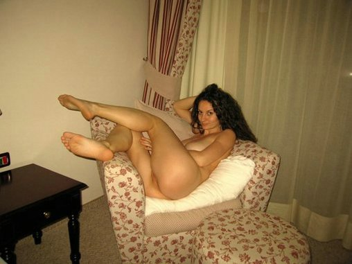 Naked Wife Showing on Camera During Photo Shoot at Home