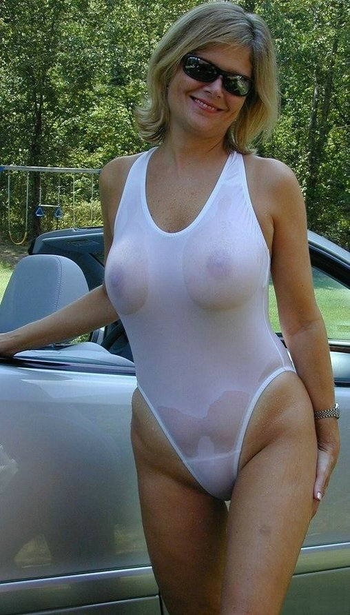 Big Ass And Breast Naked Females Posing Photos