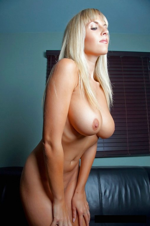 The Nude Boobs Of Women Photo Gallery