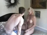 Mature Older Mom Seduced Younger Neighbor Guy to Fuck Her