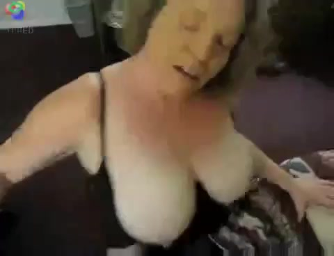 Russian milf on cam(very hot)