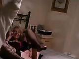 Mamma anziane scopata sul Video segreto da giovane College Boy