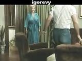 Jahrgang Pornofilme Reife Lady saugt und fickt junge Gast