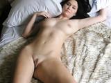 Foto de mi esposa desnuda en la cama