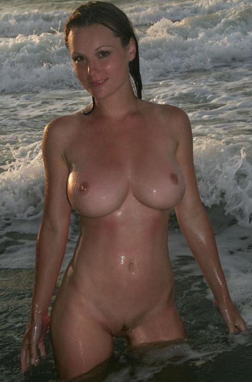 woman sea Nude at