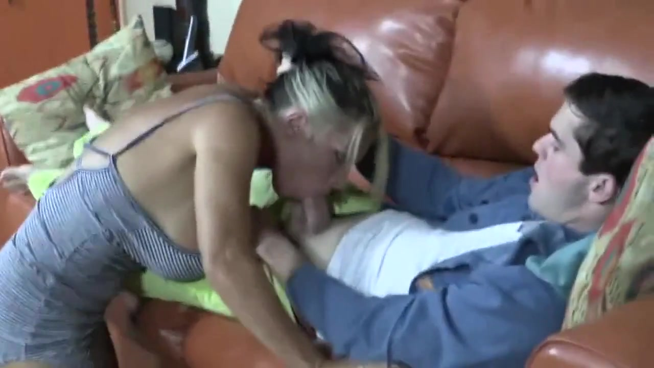 Japanese mature slut giving head